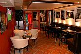 To Café Wellness Hotel Bank in un ambiente romantico